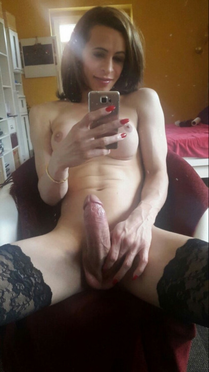 trans nude 034